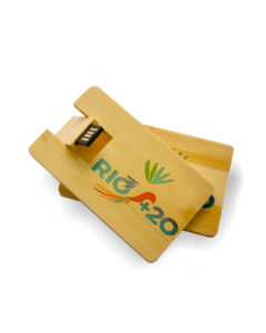 pen-card-8gb-em-madeira_st-pencardmad-8gb
